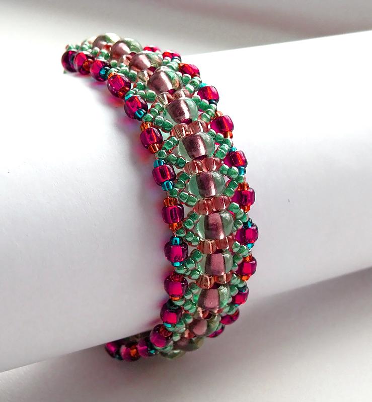 free pattern for amazing beaded bracelet magic forest - Beaded Bracelet Design Ideas