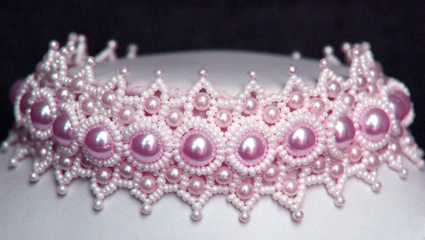 """АЛЛА НЕВИДОМАЯ (Семейко Анна). добавлена 22 января в 19:30.  Ожерелье  """" Анна """" из бисера и бусин."""