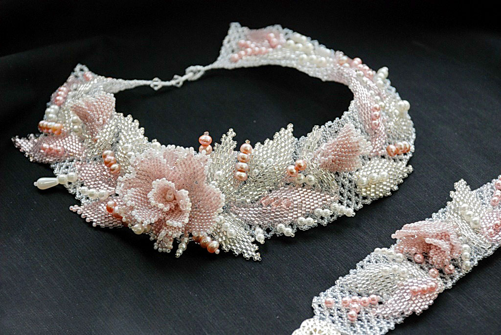 flores chaquira on beaded flowers beading and