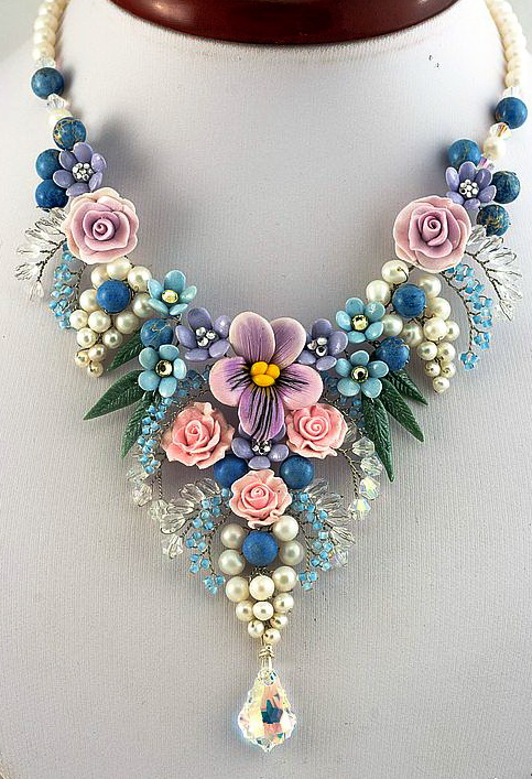 how to make resin jewelry with fresh flowers