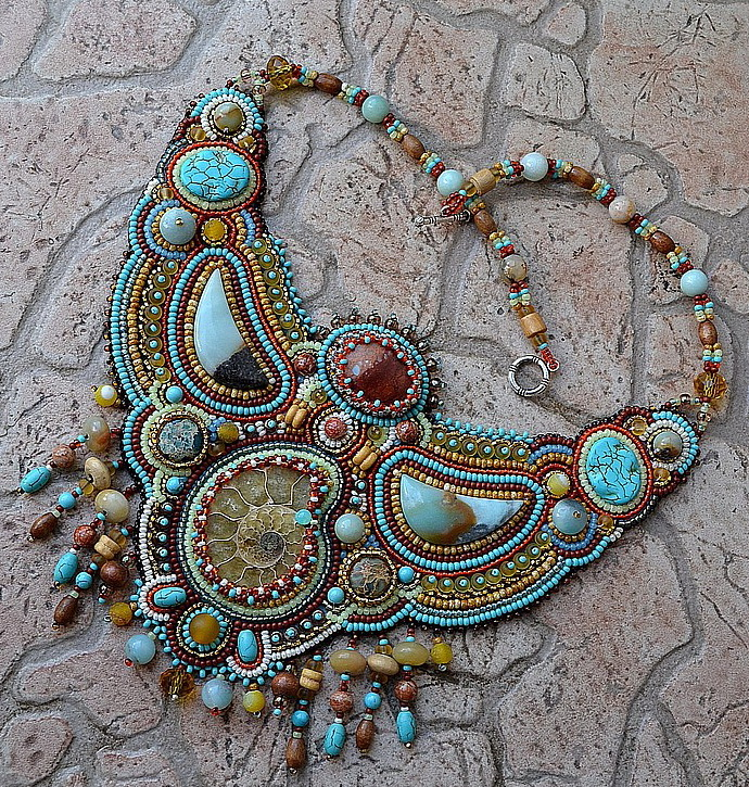 Embroidered Beads: Beautiful Embroidered Jewelry By Nataly Uhrin (part 1