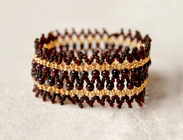 free-bead-pattern-tutorial-bracelet-1