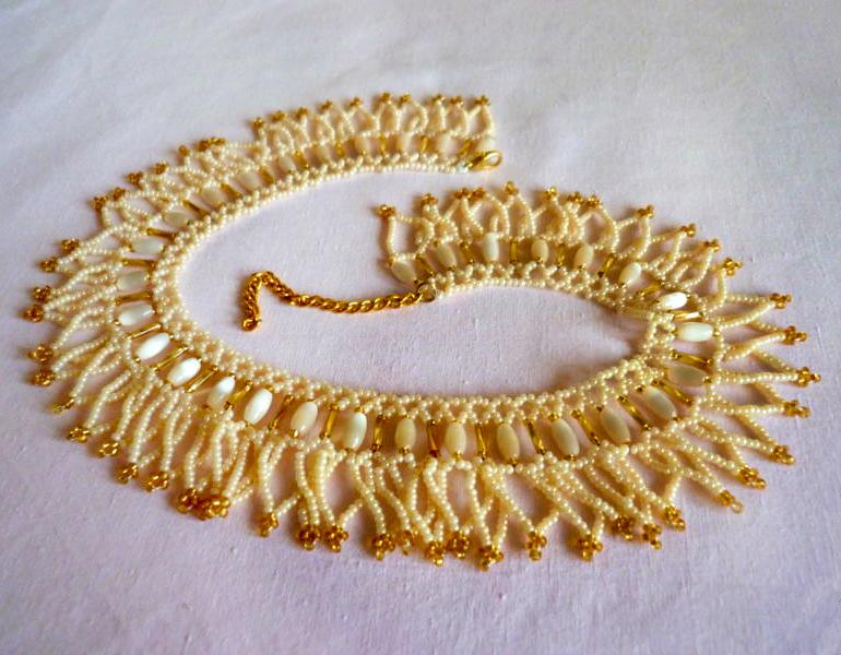 free-beading-neckace-tutorial-1