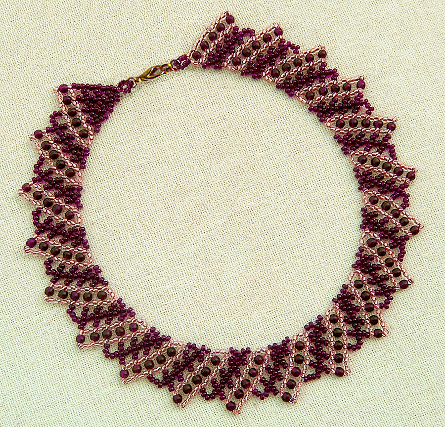 free-tutorial-beaded-necklace-1