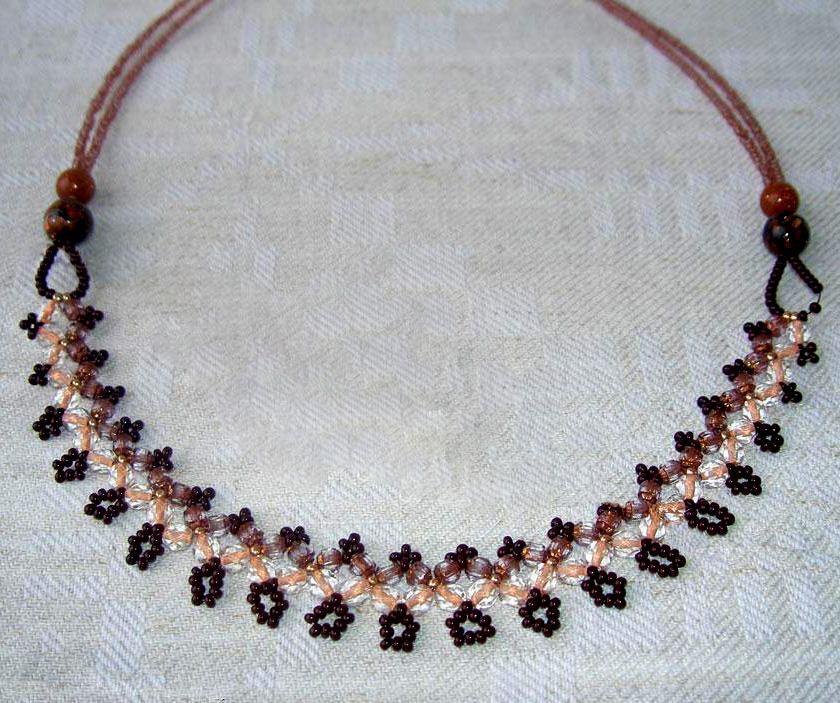 free-beaded-necklace-tutrorial-1