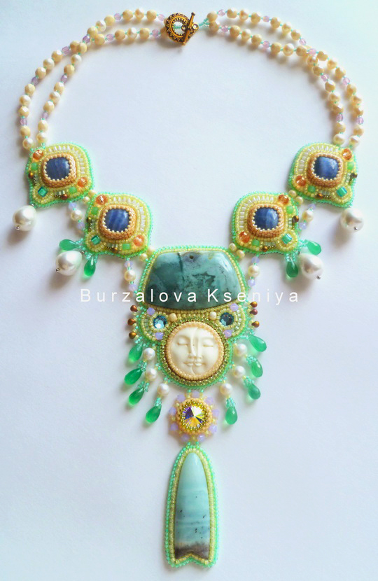 burzalova-necklace-face-3