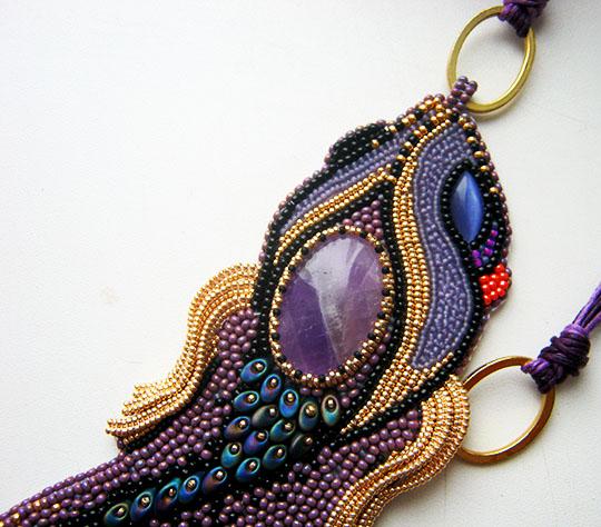 fish-pendant-necklace-2