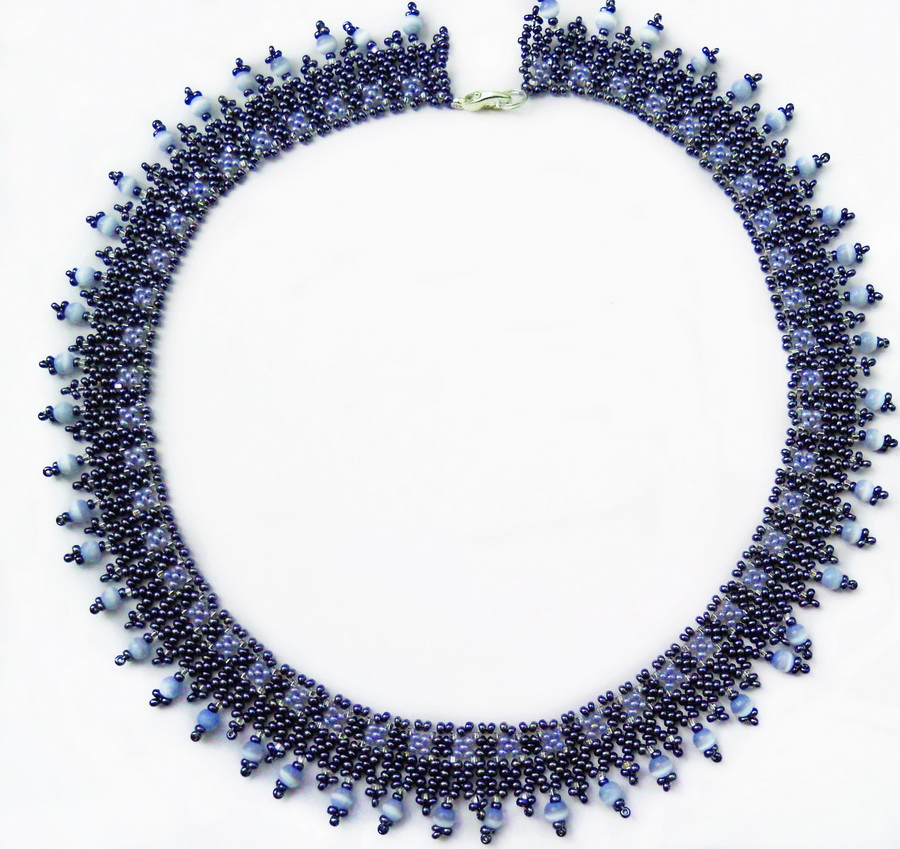 Free pattern for necklace Nebula