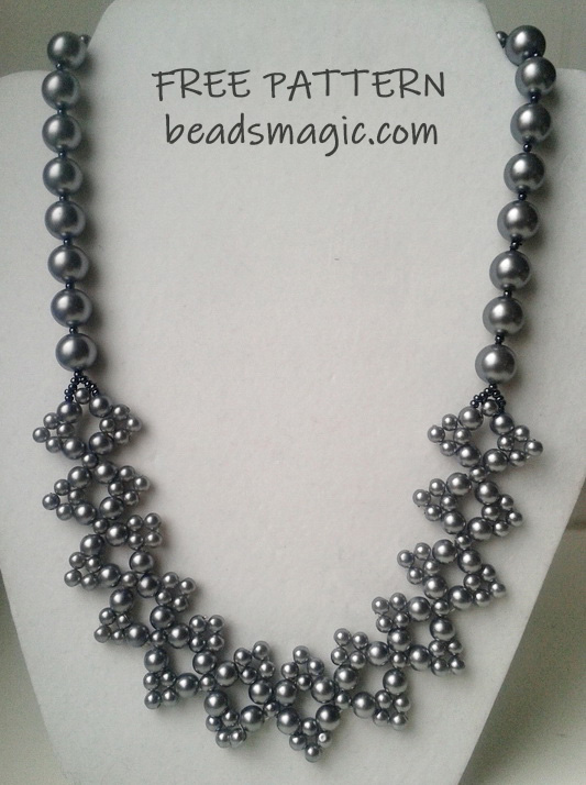 Free pattern for necklace Molly