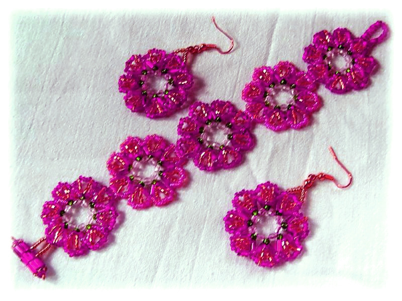 Free Pattern For Bracelet And Earrings Peony Beads Magic