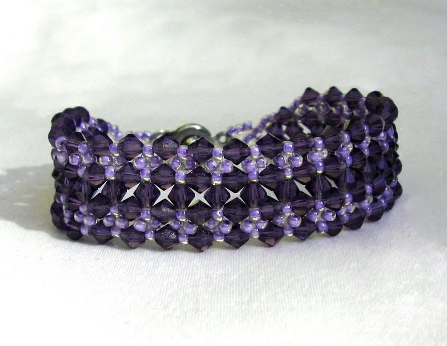 Free Pattern For Beaded Bracelet Dark Violet Beads Magic