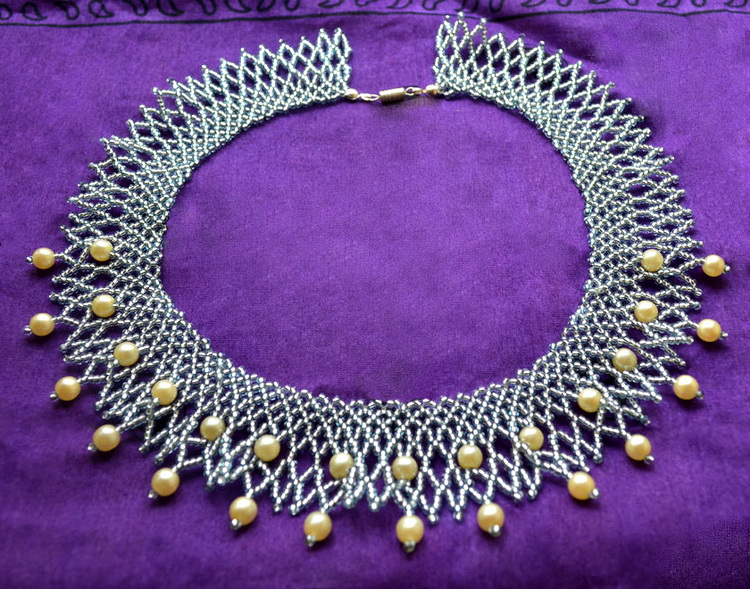 free-bead-tutorial-necklace-1