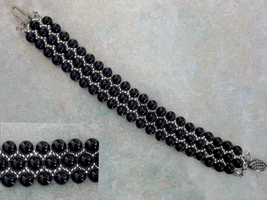 free-beading-bracelet-tutorial-1