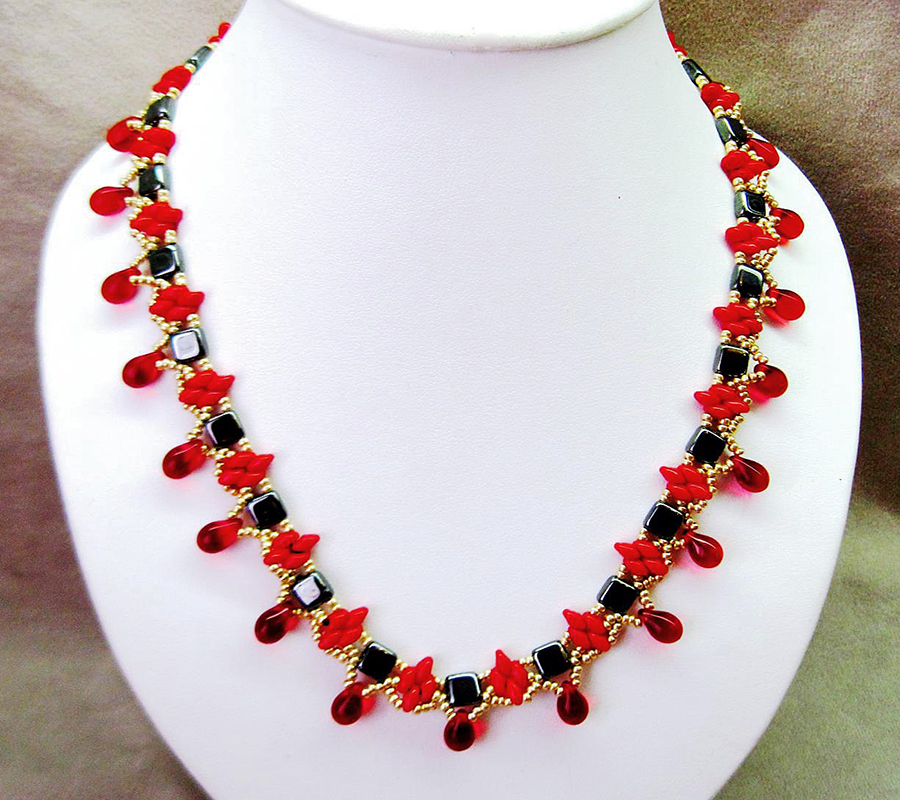 free-beading-pattern-necklace-tutorial-1