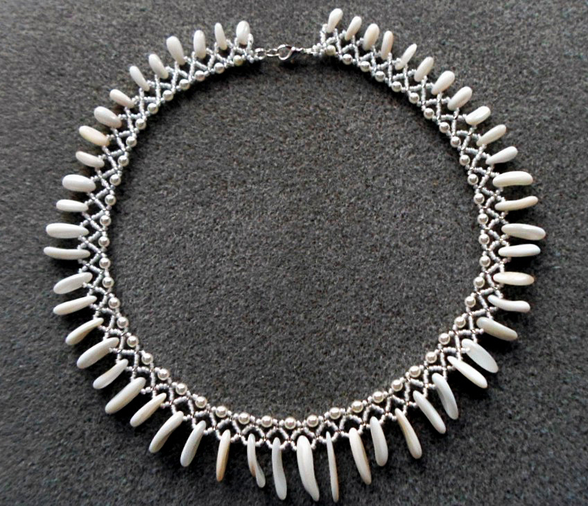 free-pattern--beaded-necklace-1