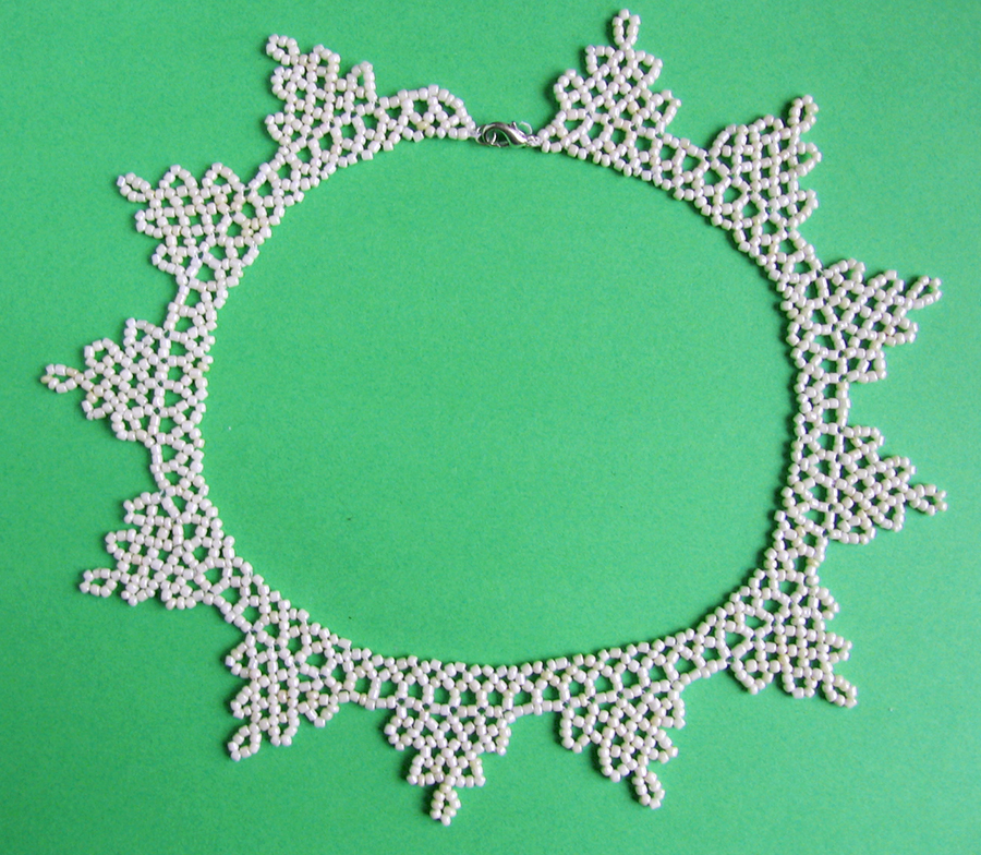 Free pattern for necklace  White Lace