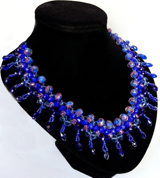 Free pattern for necklace Real Blue