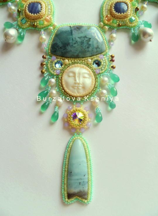 burzalova-necklace-face-2