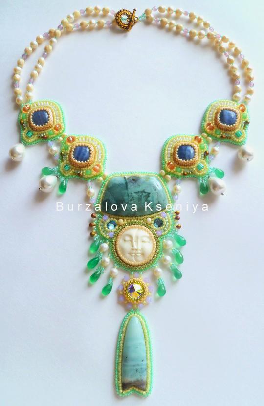 burzalova-necklace-face-3