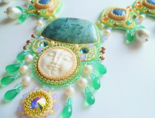 burzalova-necklace-face-4