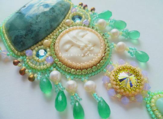 burzalova-necklace-face-5