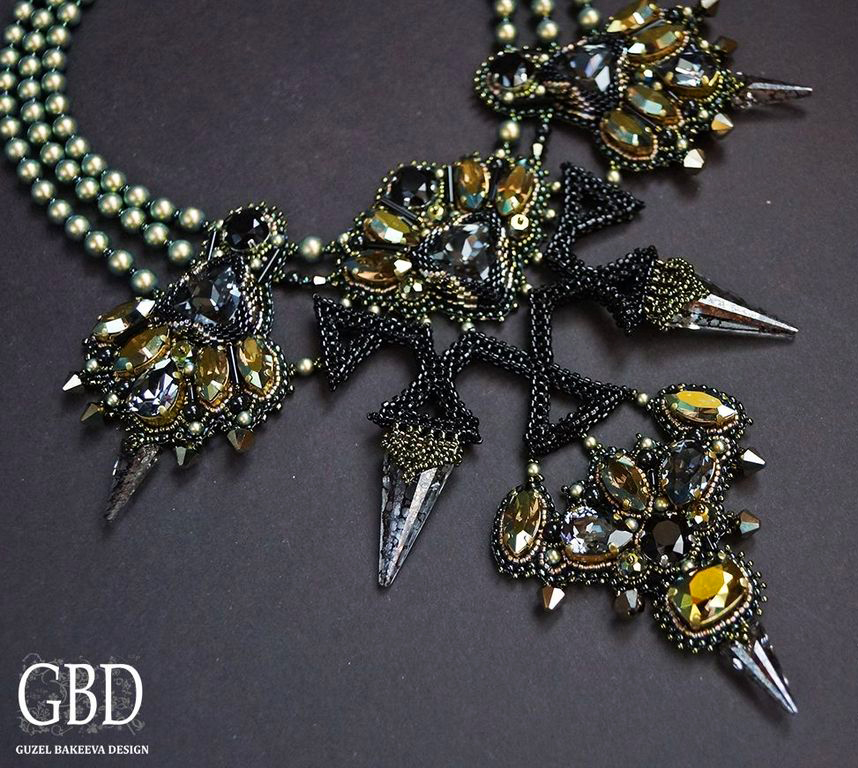 Design of the day – Guzel Bakeeva  necklace Star