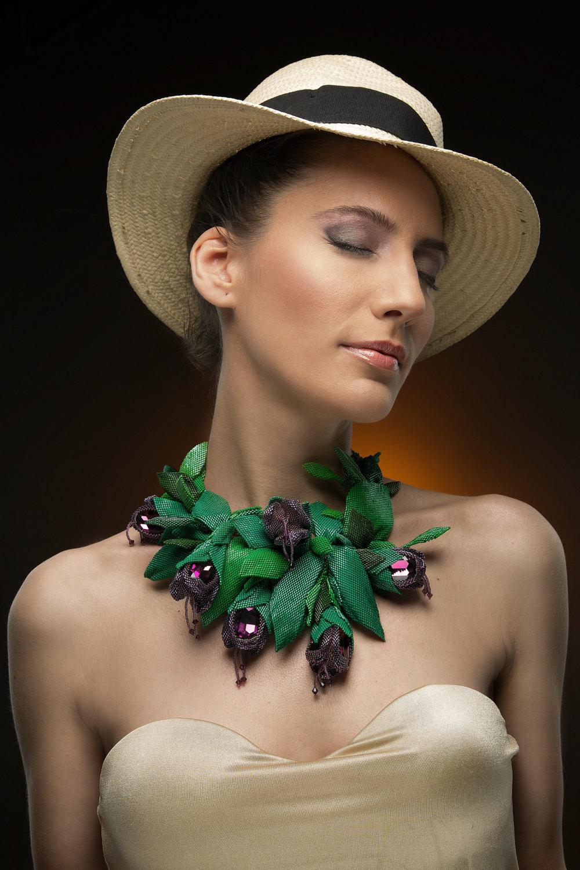 necklace-flower-beadsmagic-1