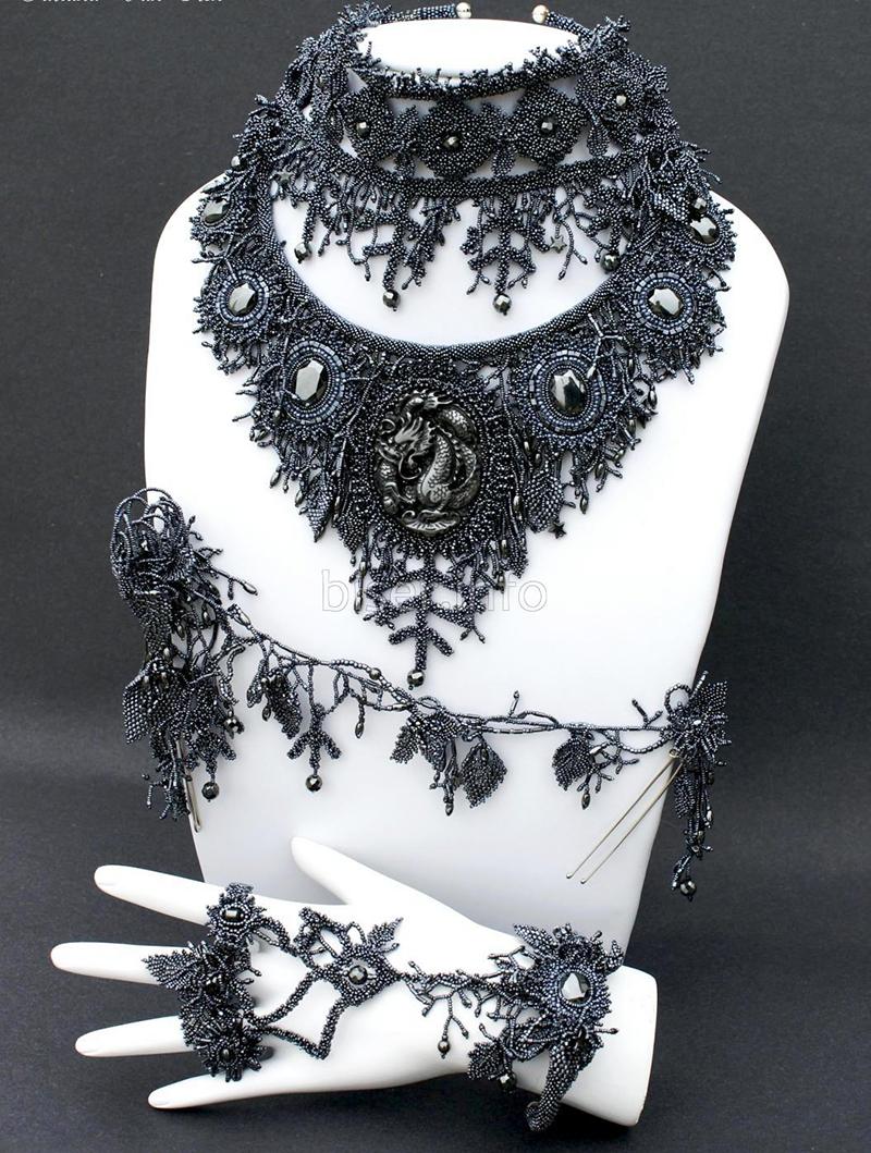 van-iten-jewelry-necklace-1