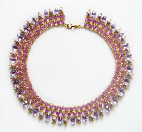 Free pattern for necklace Vilma
