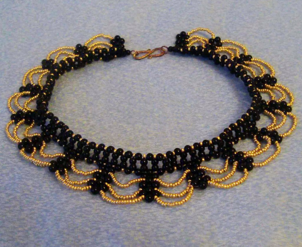 free-beading-tutorial-instructions-necklace-pattern-1
