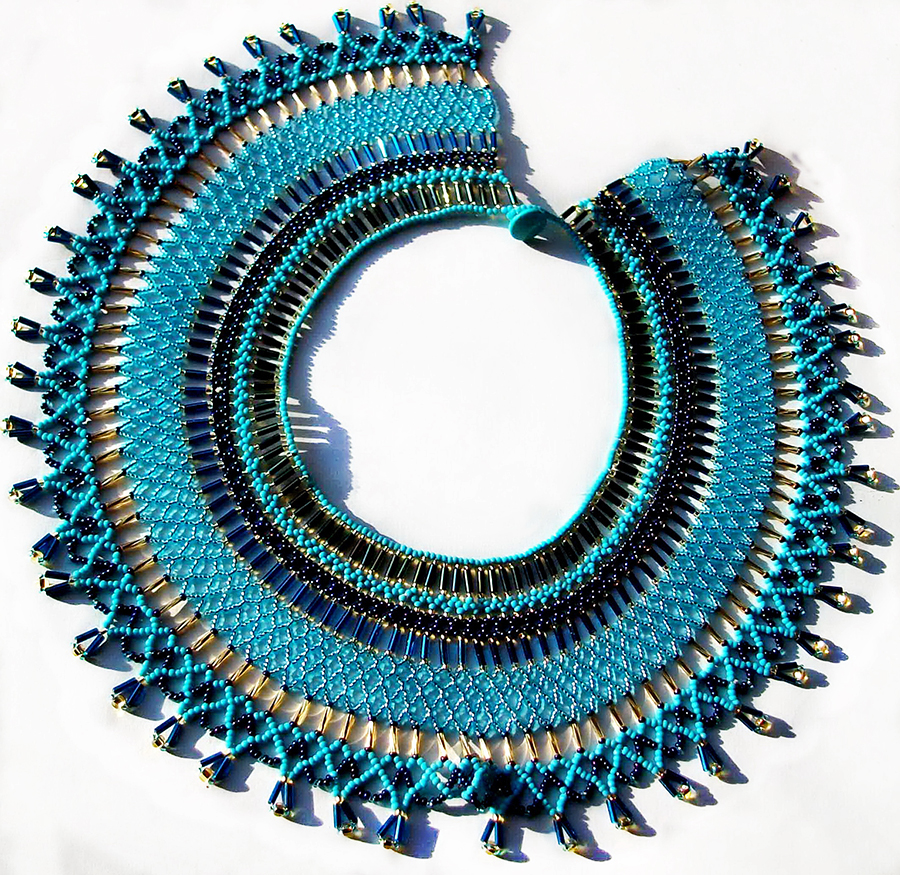 Free pattern for necklace Egypt