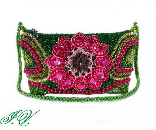 10-bag-beaded-clutch-bedsmagic