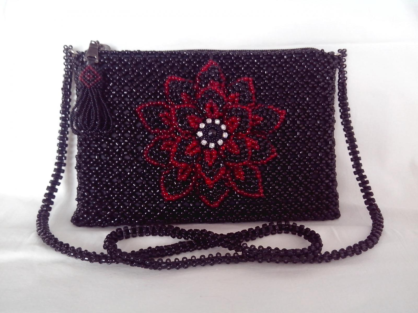 15-bag-beaded-clutch-bedsmagic
