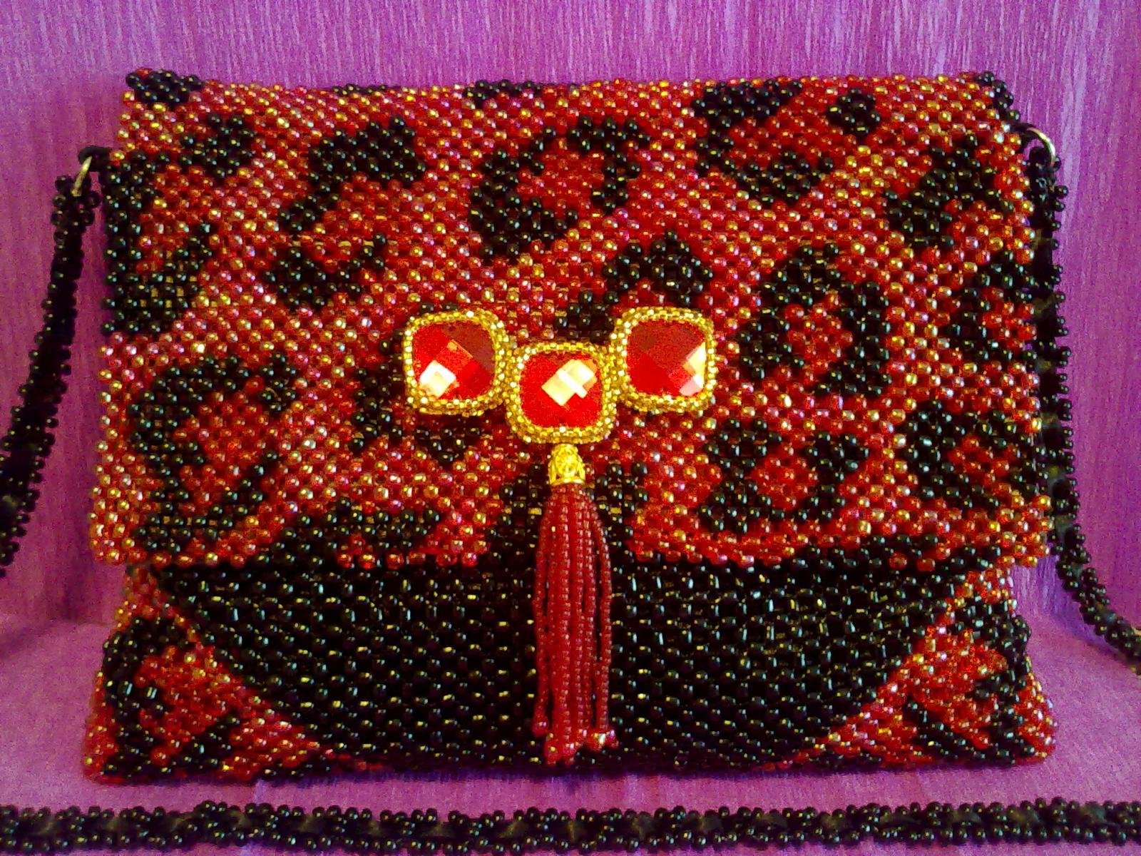 17-bag-beaded-clutch-bedsmagic