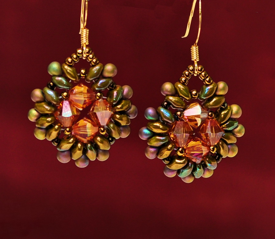 Free pattern for earrings Pavo