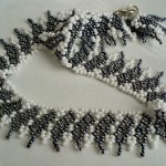 Free pattern for necklace  Shade of Grey
