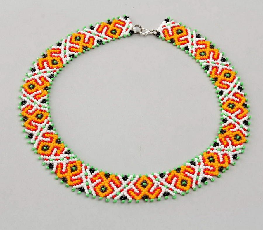 free-beading-pattern-necklace-tutorial-beads-1