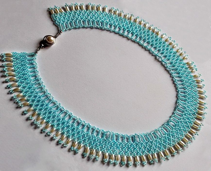 Free pattern for necklace Lipari