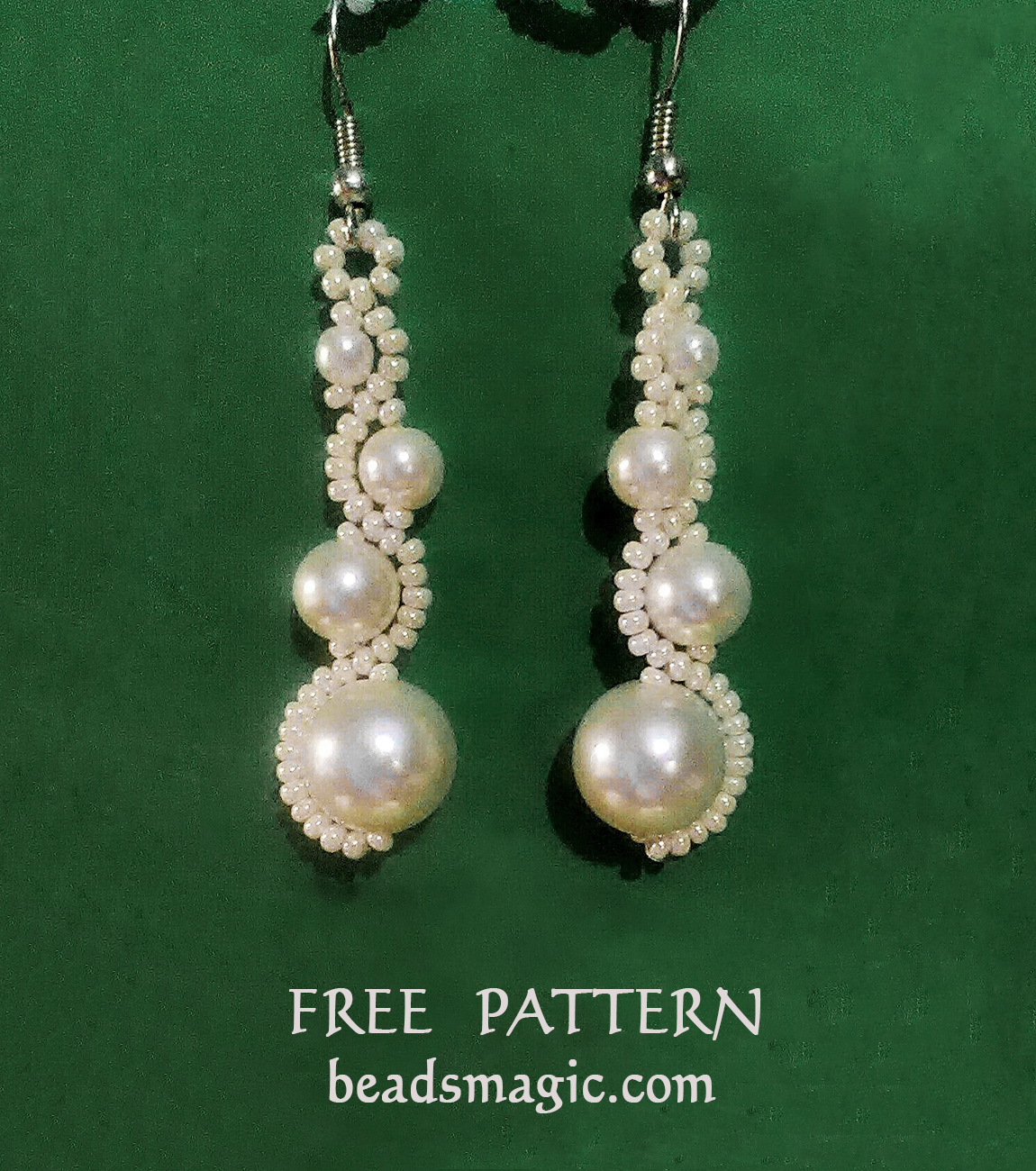 Free pattern for earrings White Moon