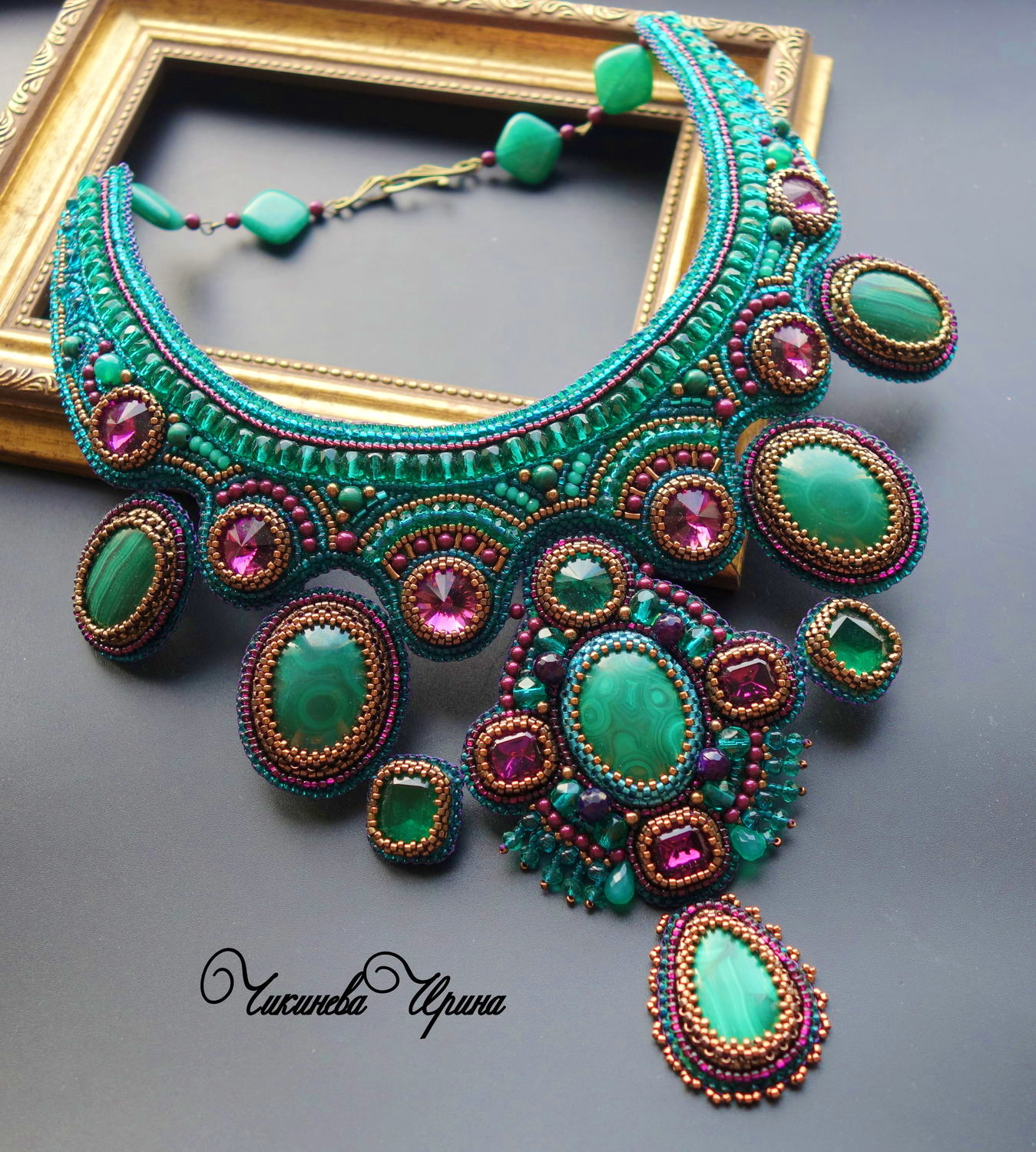Beautiful bead embroidered jewelry by Irina Chikineva