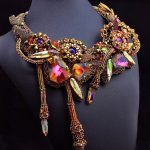 Amazing beaded jewelry by Pikapolina